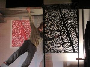 coreografia-darte-2009-roberto-lun-su-claudio-onorato-15-150x100 plexi e carta