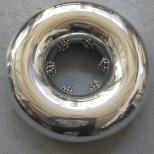 Vladimír Škoda, Sans titre (tore) / Senza titolo (tora), 201 1 –201 2 Ø 35 x 1 2,5 cm, alluminio lucidato a specchio con magnete interno, sferette d'acciaio Ø 0,65 cm ©All rights reserved/ ©Adagp
