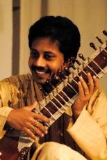 Ashanka maestro indiano di sitar