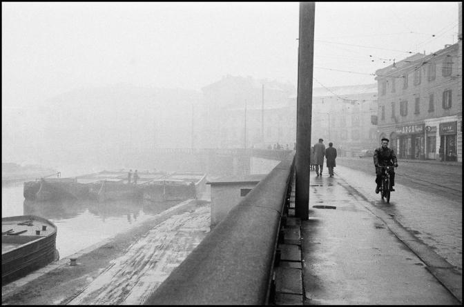 Virgilio Carnisio: Milano negli anni 60 e la fotografia di documento