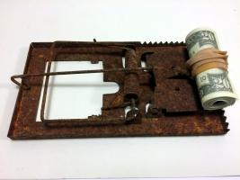 THE MONEY TRAP- peter hide